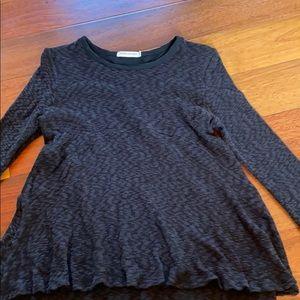 Pebble and Stone medium black long sleeve shirt